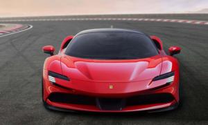 فيراري تطلق سيارتها الكهربائية الأولى في عام 2025